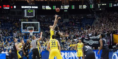 Basketball Alba Berlin mit mühevollem Auftaktsieg gegen Bonn