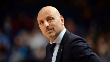 | Obradovic lächelt die Wechsel-Gerüchte weg