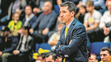 Neuer Trainer? | Alba hat Grieche Priftis auf der Liste