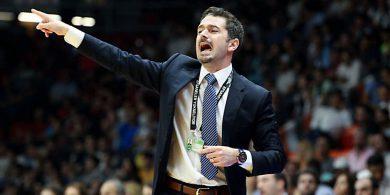 Neue Saison Alba-Cheftrainer hält sich bei der Spielaufstellung bedeckt