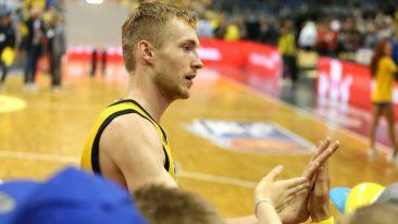 """Alba-Held Niels Giffey: """"Wir haben einfach mehr an uns geglaubt"""""""