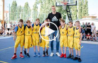 """""""Aito ist eine Legende!"""" - NBA-Star Porzingis im Interview"""