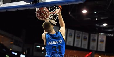 Alba-Sieg in Limoges Die Berliner Basketballer überzeugen durch ihre Stärke im Angriff