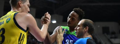 Tofas showed off-court sportsmanship, again