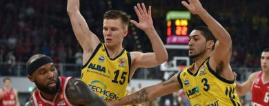Pokalfinale im Basketball Alba unterliegt Bamberg 82:83