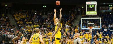 Spektakel zum Play-off-Start Albas Basketballer siegen gegen Ulm deutlich