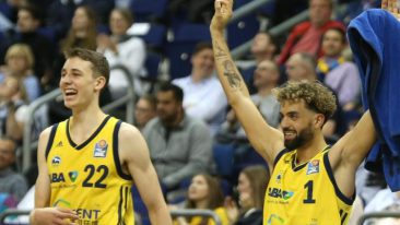 ALBA-Basketballer festigen Rang drei