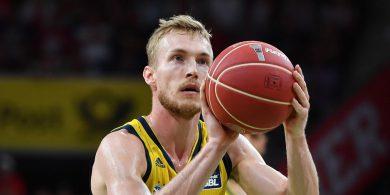 Vertragsverlängerung Niels Giffey bleibt Alba treu