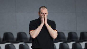 """Bundestrainer Rödl warnt: """"Spieler laufen auf dem Zahnfleisch"""""""